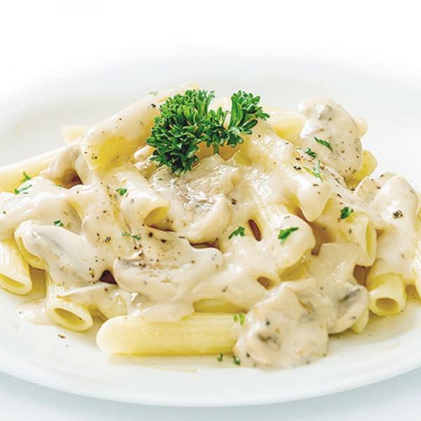 White Sauce Pasta+ Free Signature Salad