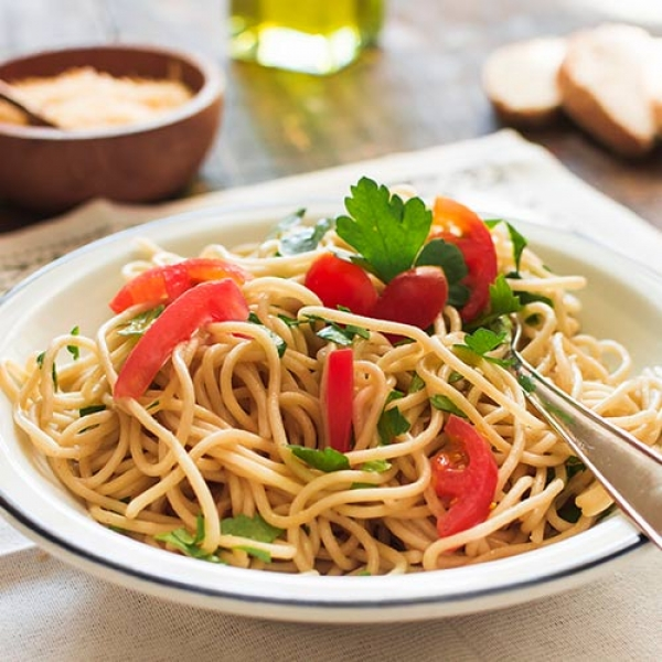 Schezwan Noodles+ Free Signature Salad