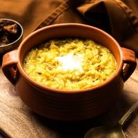 Butter Khichdi With Kadhi