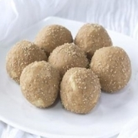 Dana Methi Laddu