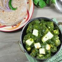 Phulka With Tofu Paneer Palak