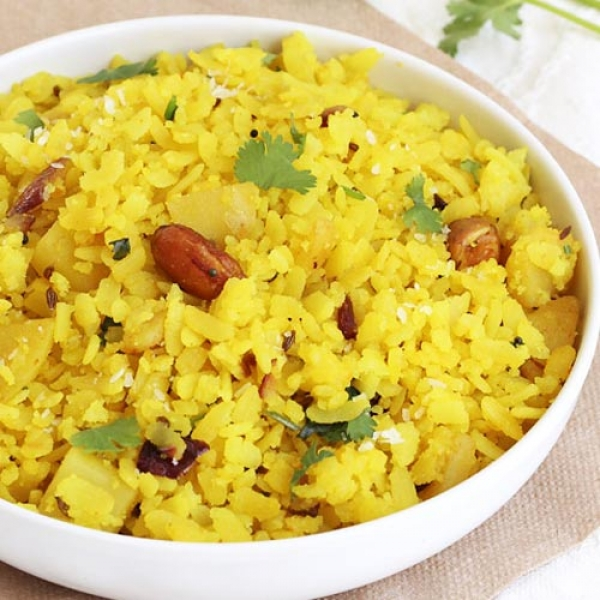 Poha with Aloo Bhujia